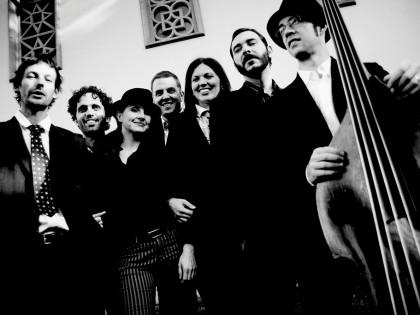 """Pressburger Klezmer Band a Kroke zahrajú 22. novembra v Starej tržnici v Bratislave """"pre Žilinu"""""""
