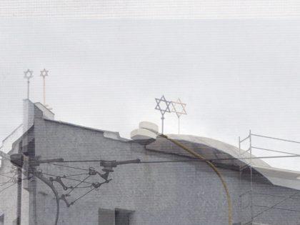 Vrátiť židovské hviezdy na strechu Novej synagógy?